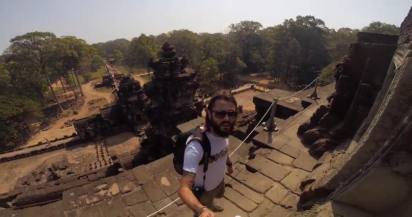 Discovering Angkor Wat Claudio pelizzeni