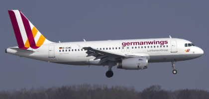aereo caduto alpi germanwings andreas lubitz
